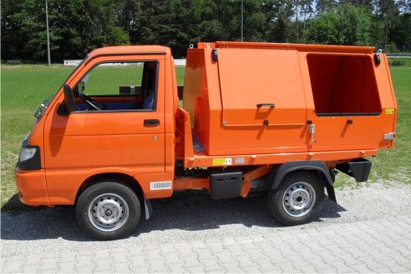 Müllaufbau Container lang mit Schiebeklappen